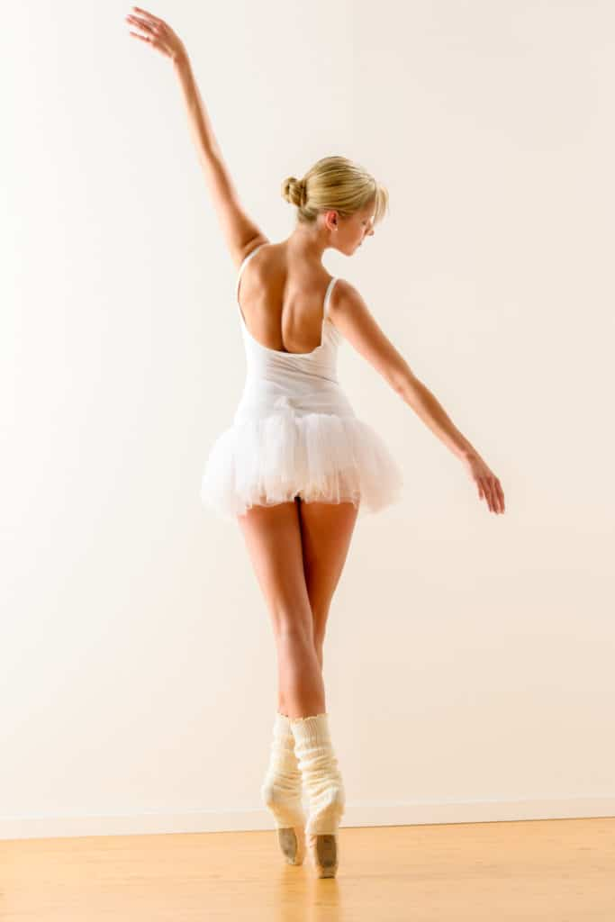 HOW TO GLUE TIPS ON POINTE SHOES