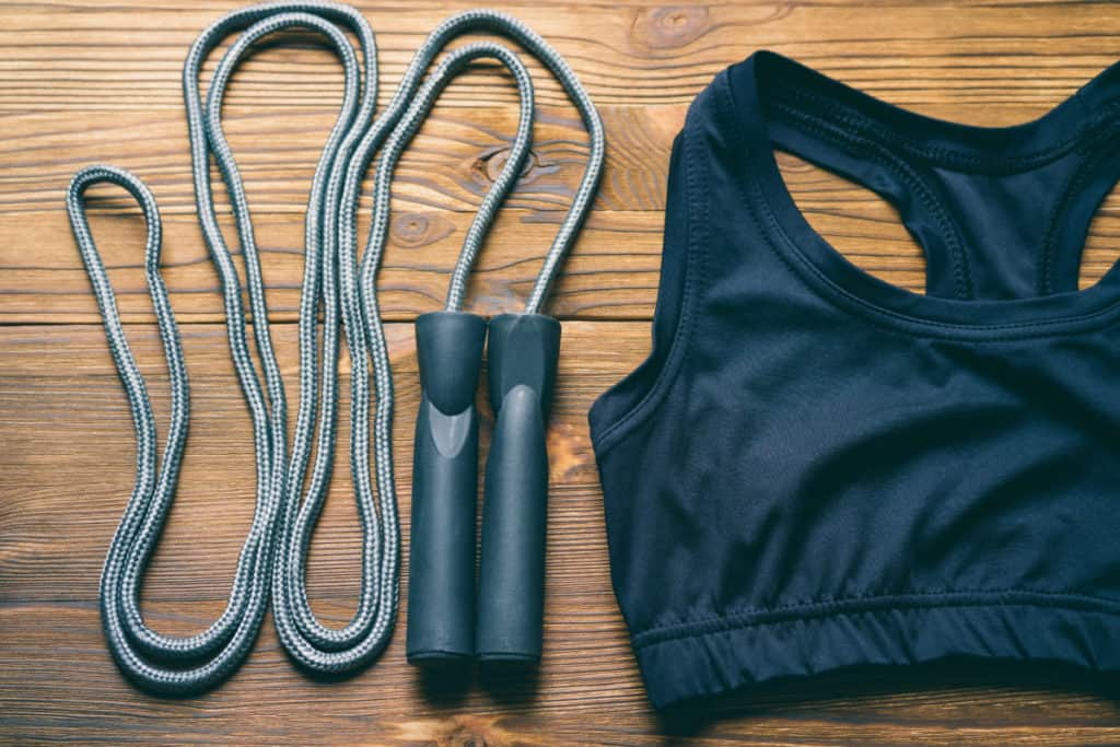 WORKOUT CLOTHING & SHOES
